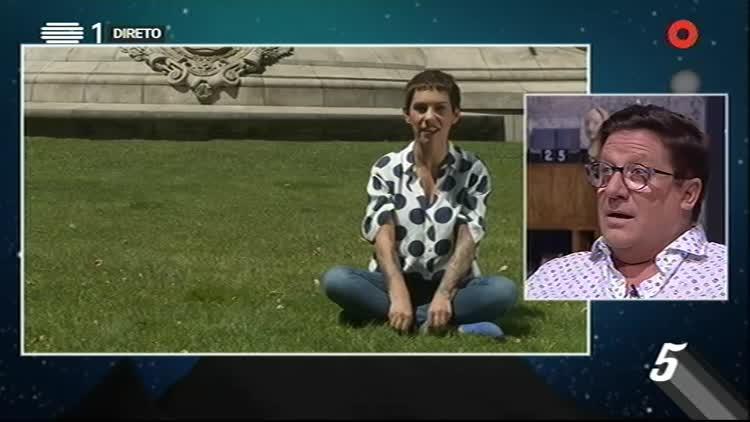 #perguntaquenãoquercalar – Herman José