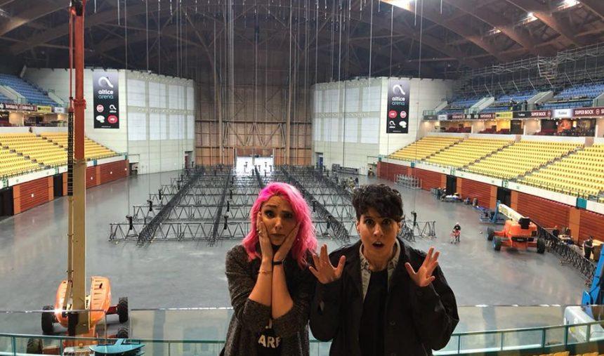Cláudia Pascoal e Isaura visitam a Altice Arena