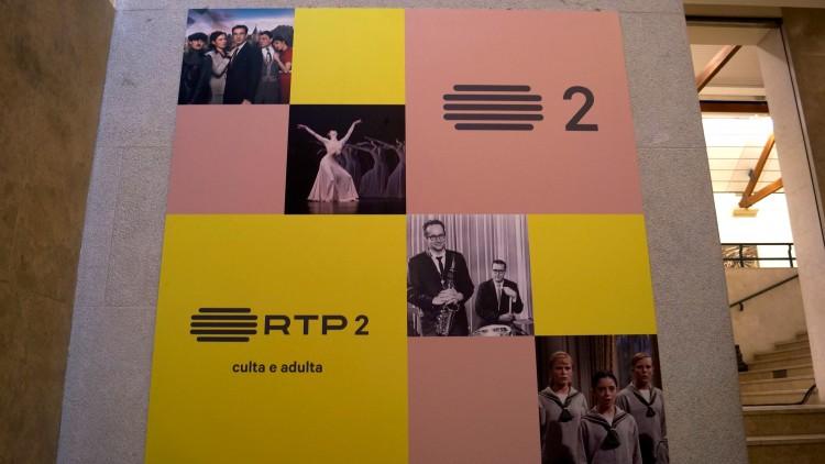 Nova imagem, cor programação e assinatura da RTP2