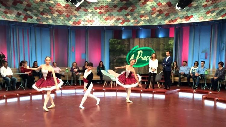 Alunos da Escola Domus Dança
