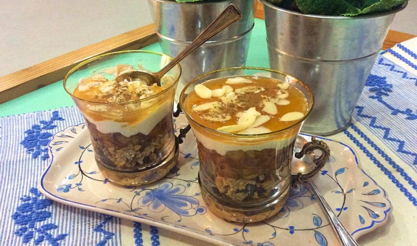 Cheesecake de maçã bravo de esmolfe em copinhos: Principiantes - Culinária