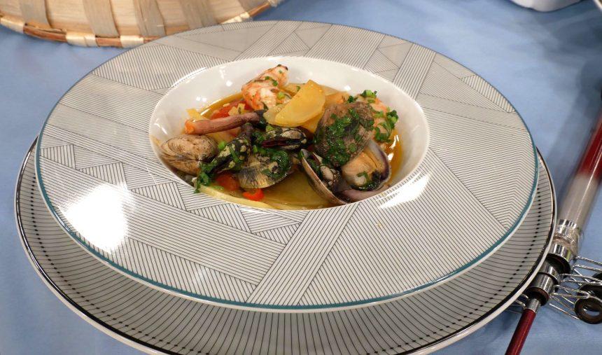 Caçarola de dourada com mariscos de Matosinhos - Culinária