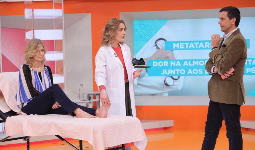 Metatarsalgia (dor na almofada plantar, junto aos dedos dos pés)