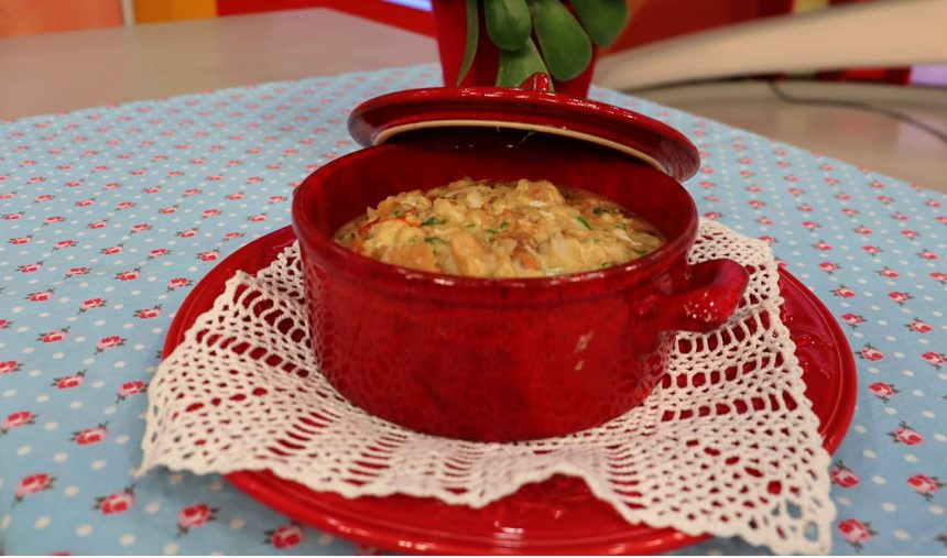 Açorda de Bacalhau com Tomate e Ovo