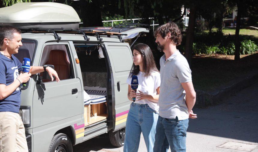 Nivan - A Campvan que Mariana e João recuperaram para acampar sobre rodas
