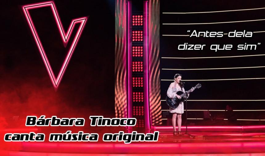 Bárbara Tinoco canta música original e deixa o público boquiaberto